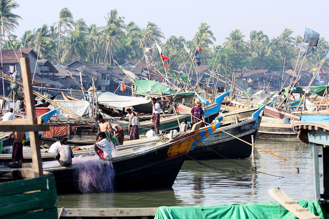 Fisher's harbour of Sittwe. Photo by dany13, Flickr, taken 15 March 2012. Licensed under CC BY 2.0.